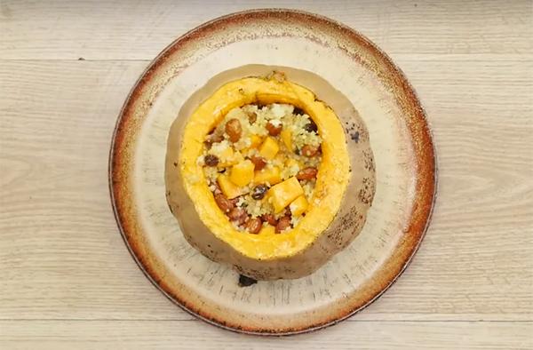 Пшёнка с изюмом и орехами в тыкве