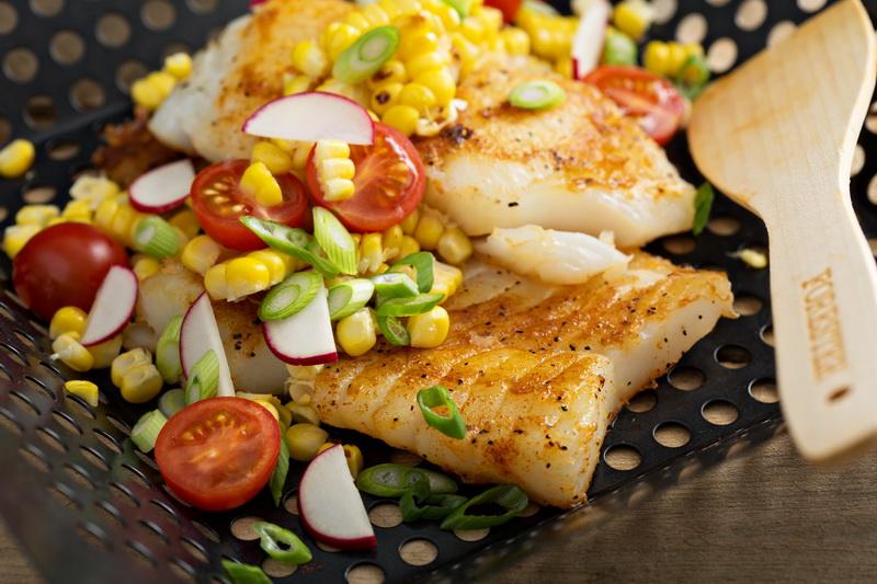 Рецепт Филе трески с кукурузой и летними овощами