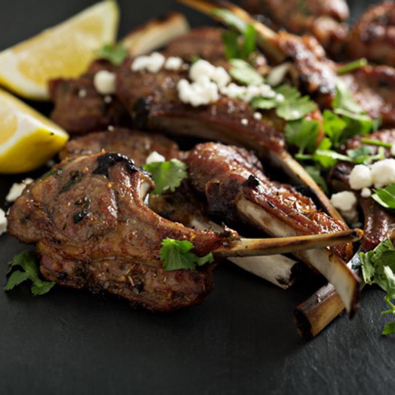 Рецепт «Баранина на косточках с чесноком» на гриле