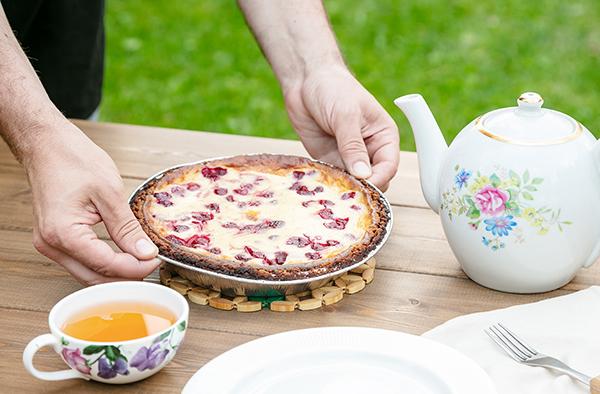Рецепт пирога с вишней на гриле