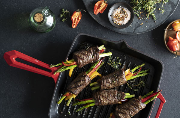 Рулеты-гриль из говядины с овощами